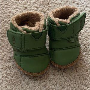Like new Toms baby booties sz 2